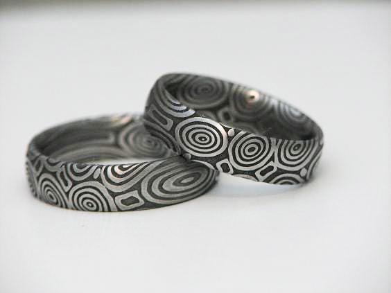 Ringe aus Mokume Gane und Damast